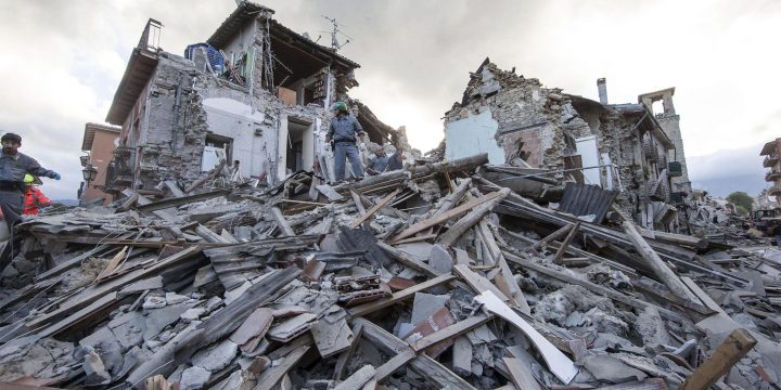 Top 4 Safety Tips To Remember In Case An Earthquake Hits Your Place